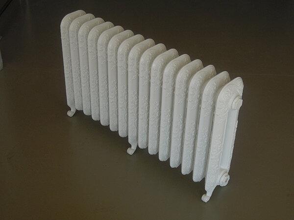 Чугунный радиатор EXEMET сборка из 15 секций с дополнительными ногами
